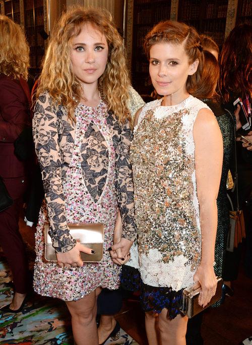 Juno Temple y Kate Mara en el Front Row del desfile Crucero 2017 de Dior