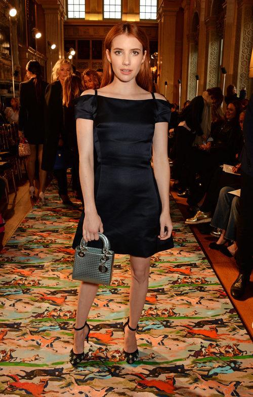 Emma Roberts en el Front Row del desfile Crucero 2017 de Dior