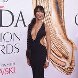 Naomi Campbell en la alfombra roja de los Premios CFDA Fashion 2016