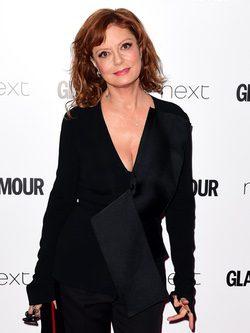 Susan Sarandon con un jumpsuit en negro en los Premios Glamour 2016