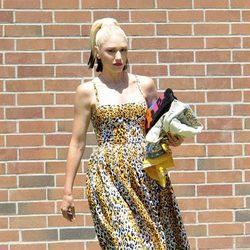 Gwen Stefani con un vestido de estampado de leopardo