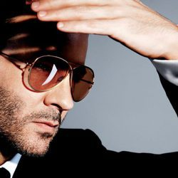 Tom Ford con diseños de la nueva colección TOM FORD Private Eyewear Collection 2016