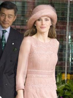 La Reina Letizia con un vestido de Felipe Varela