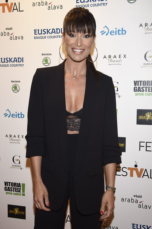 Sonia Ferrer con un look total black