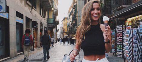 María Pombo con un total look veraniego durante su viaje a Verona