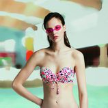 Bikini estampado para la nueva campaña 'Swim color' para este verano 2016 de Oysho