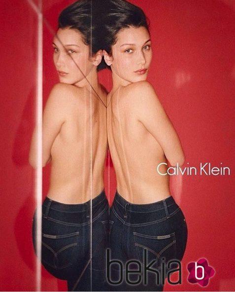 Bella Hadid se transforma en la imagen de la nueva campaña de Otoño de Calvin Klein