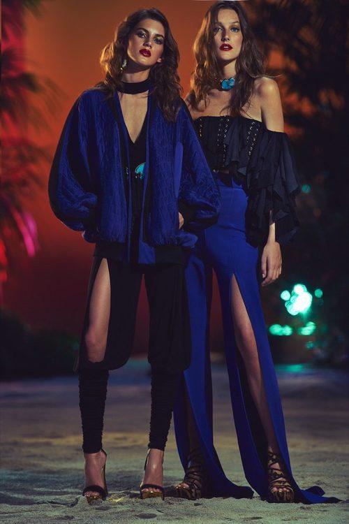 Conjuntos en tonos azules eléctricos y negros para la nueva colección SS17 de Balmain