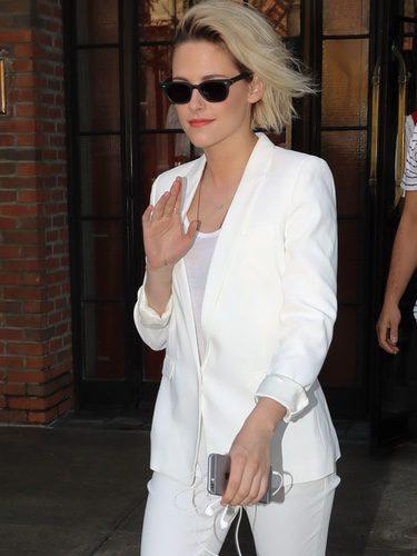 Kristen Stewart con un look 'Total White'