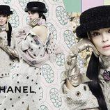 Modelos posando para  la nueva campaña de otoño/invierno 2016 de Chanel