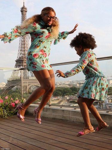 Beyoncé y Blue Ivy vestidas de Gucci
