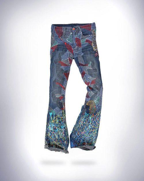 Vaqueros donados por Elle Macpherson para 'Jeans for refugees'
