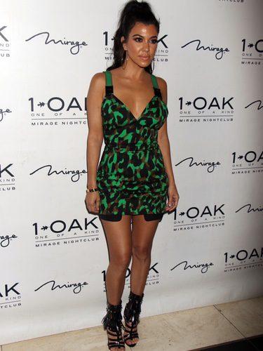 Kourtney Kardashian vestida de Versace