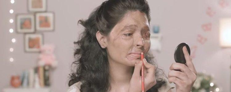 Reshma Banoo Quereshi en un vídeo de YouTube