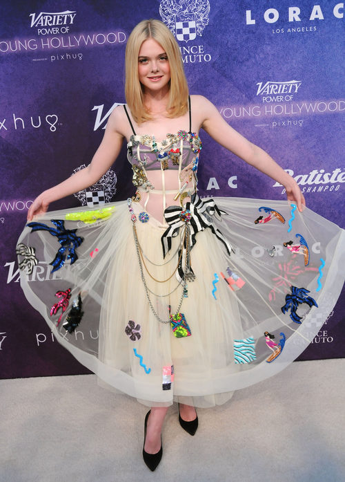 Elle Fanning en una fiesta de la revista Variety