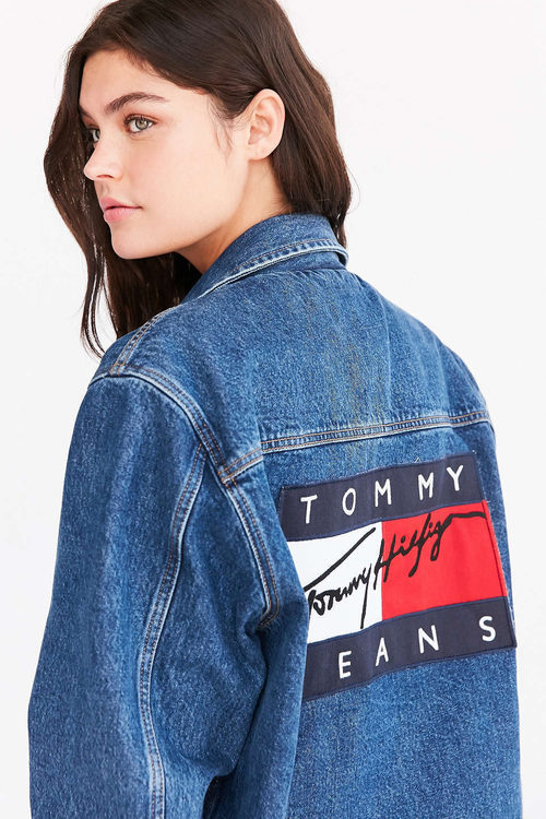 Chaqueta vaquera de Tommy Jeans para Urban Outfitters