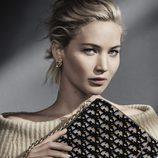 Jennifer Lawrence con un bolso de Dior otoño/invierno 2016/2017