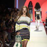 Jersey y falda de Desigual colección primavera/verano 2017 en la Semana de la Moda de Nueva York