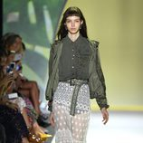 Bomber de Desigual primavera/verano 2017 en la Semana de la Moda de Nueva York