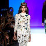 Falda y camisa de Desigual primavera/verano 2017 en la Semana de la Moda de Nueva York