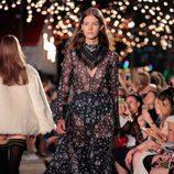 Vestido vaporoso de Tommy Hilfiger otoño/invierno 2016/2017 en la Semana de la Moda de Nueva York