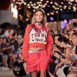 Look sport de Tommy Hilfiger otoño/invierno 2016/2017 en la Semana de la Moda de Nueva York