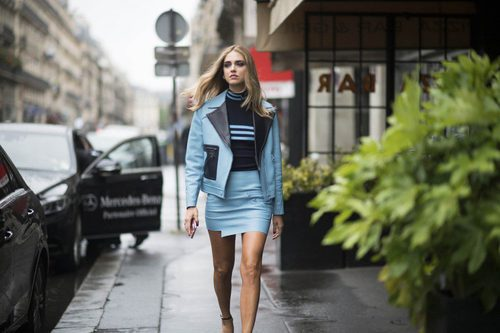 Chiara Ferragni con un total look de Versace