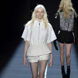 Shorts y camisa de Vera Wang primavera/verano 2017 en la Semana de la Moda de Nueva York