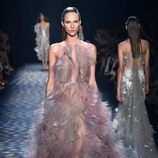 Vestido vaporoso de Marchesa primavera/verano 2017 en la Semana de la Moda de Nueva York