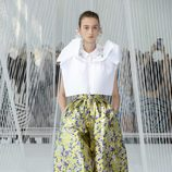 Pantalones anchos de Delpozo primavera/verano 2017 en la Semana de la Moda de Nueva York