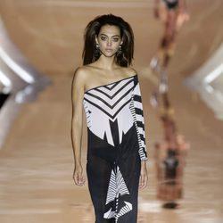 Vestido de Dolores Cortés primavera/verano 2017 en la Madrid Fashion Week