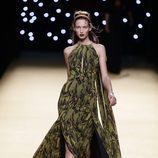 Vestido verde de Juanjo Oliva primavera/verano 2017 en la Madrid Fashion Week