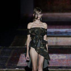 Bañador de camuflaje de Ana Locking de primavera/verano 2017 en la Madrid Fashion Week