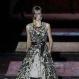 Vestido vaporoso de Ana Locking colección primavera/verano 2017 en la Madrid Fashion Week