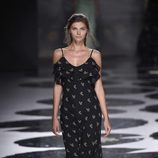 Vestido negro estampado de Ailanto primavera/verano 2017 Madrid Fashion Week