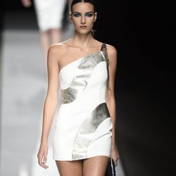 Colección primavera/verano 2017 de Felipe Varela en la Madrid Fashion Week