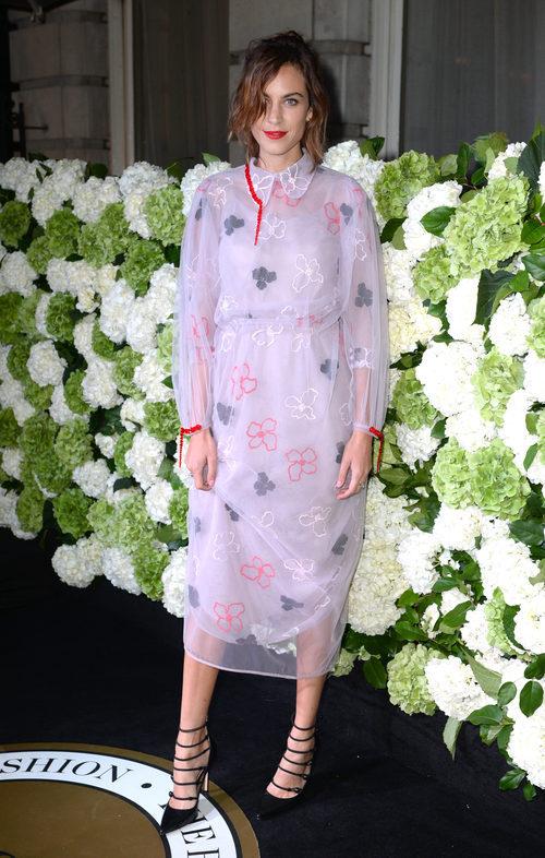 Alexa Chung en un evento de la revista 'The Business of Fashion'
