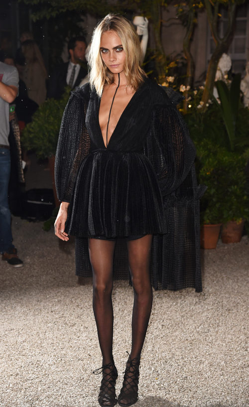 Cara Delevingne en el desfile de Burberry de la Semana de la Moda de Londres
