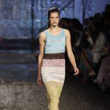 Vestido largo de punto de Missoni en colores claros colección primavera/verano 2017 en Milán Fashion Week