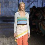 Conjunto de colores y prendas superpuestas de Missoni coleccion primavera/verano 2017 en Milán Fashion Week