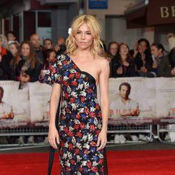 Sienna Miller en el estreno de 'Una buena receta' en Londres