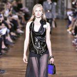 Vestido de varios tejidos de Lanvin primavera/verano 2017 en la París Fashion Week