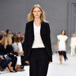Traje de chaqueta de Chloé primavera/verano 2017 en la París Fashion Week