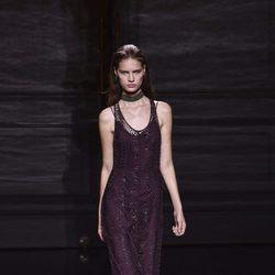 Vestido morado de la colección primavera/verano 2017 de Nina Ricci en Paris Fashion Week