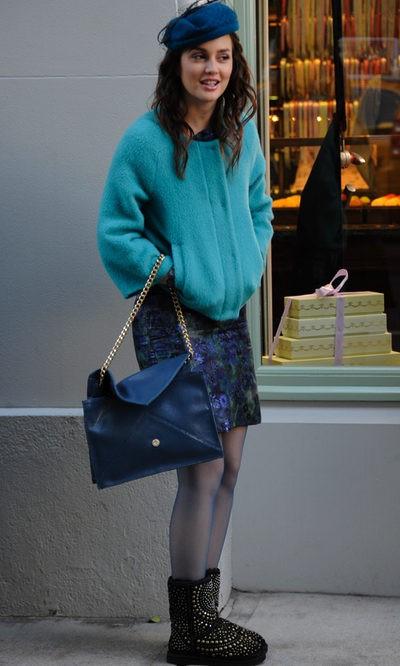 Leighton Meester, de azul en otoño