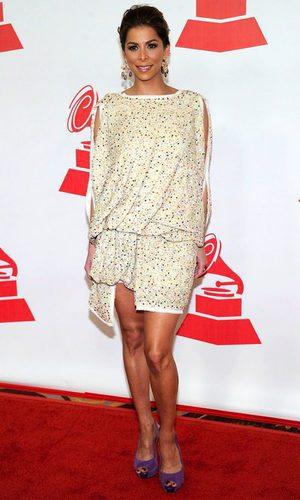 Lourdes Stephen, guapísima con un vestido nude