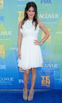 Rachel Bilson, blanco radiante
