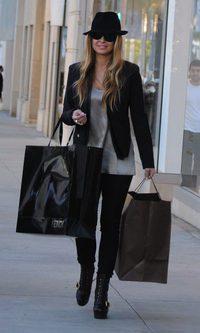 Carmen Electra, de compras