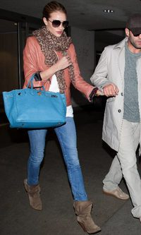 Rosie Huntington Whiteley y su 'Birkin' de Hermès