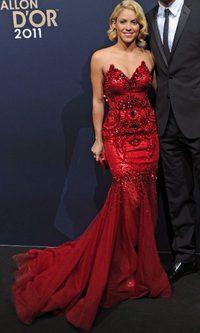 Shakira deslumbra con su pedrería